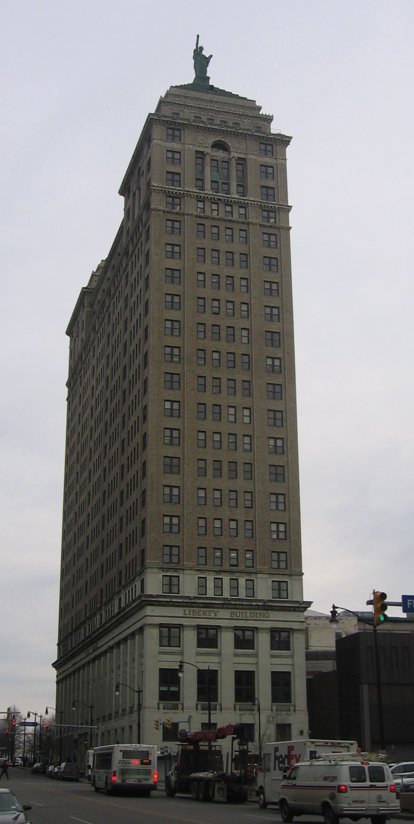 http://upload.wikimedia.org/wikipedia/commons/b/b2/Liberty_Building.jpg