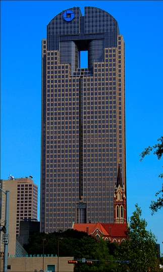 http://glassconfigurator.ppg.com/images/product_photos/the_tower_formerly_bank_one_tower-caribia_001_mr.jpg