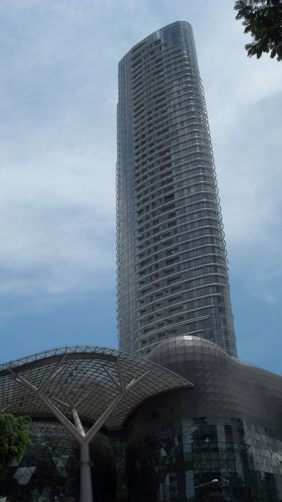 http://upload.wikimedia.org/wikipedia/commons/1/1d/Ngee_Ann_City_Tower_A.JPG