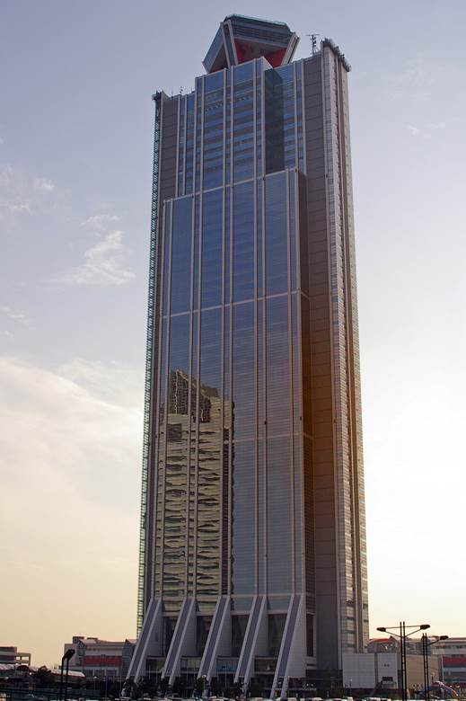 http://upload.wikimedia.org/wikipedia/commons/5/5a/Osaka-WTC-01.jpg