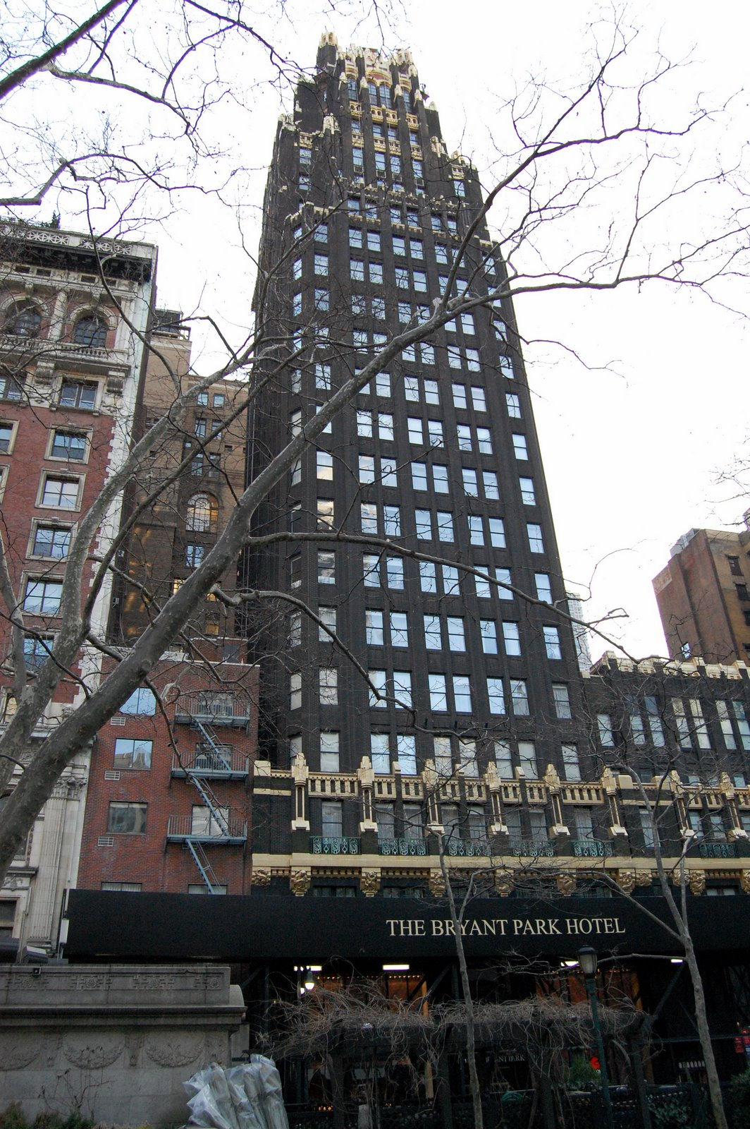 1 woolworth building new york 241 m 57 tages 1913 for Architecture neo gothique
